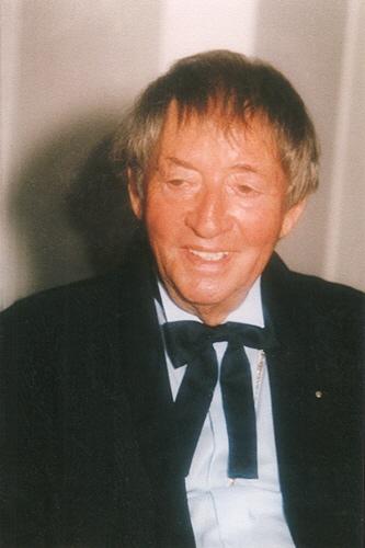 Prof. P. E. Ernst Bauer